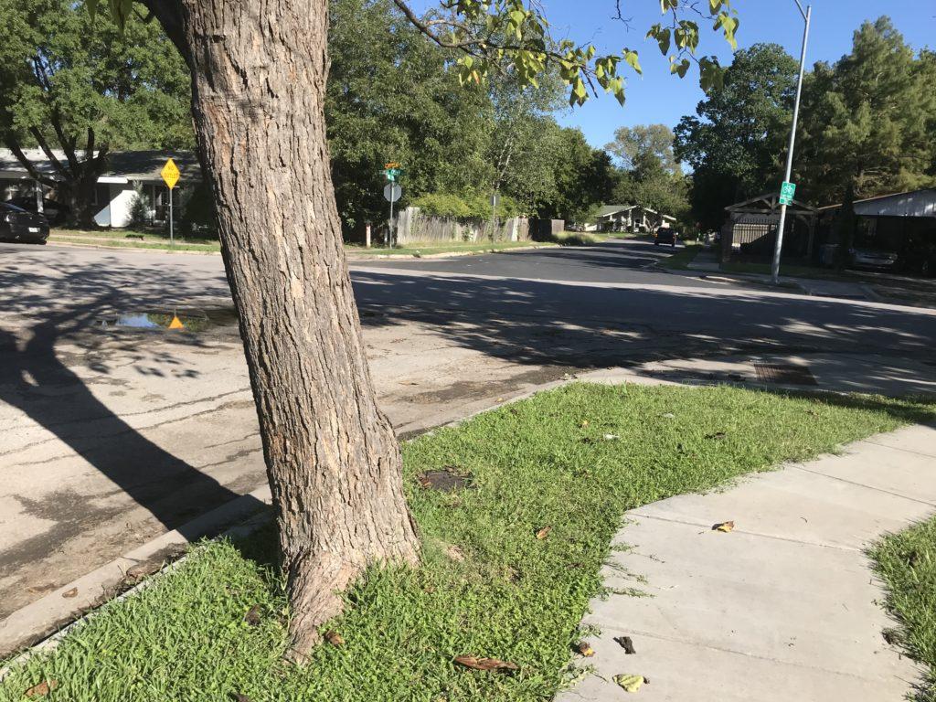 looking back at sharp sidewalk turn on 370